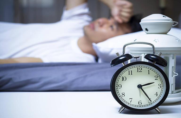 Thuốc ngủ Flora Sleep chỉ định cho người bị mất ngủ, gặp nhiều vấn đề trong giấc ngủ, cần ổn định giờ giấc